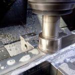 クリーンルーム内での半導体のガラス板顕微鏡検査