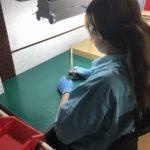 椅子に座りながらの目視検査◎冷暖房完備◎女性活躍中
